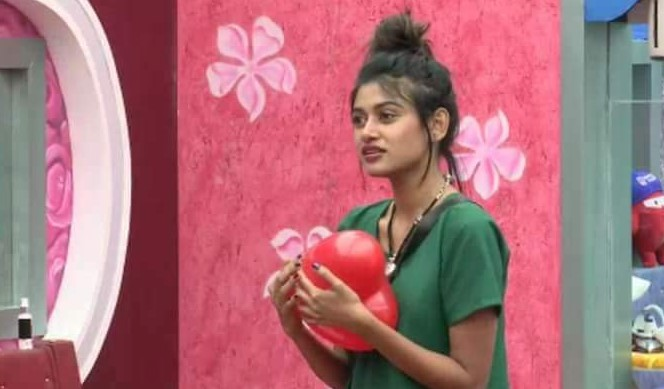 Actress Oviya Photo Stills From Vijaytv Bigboss House Exclusive 33