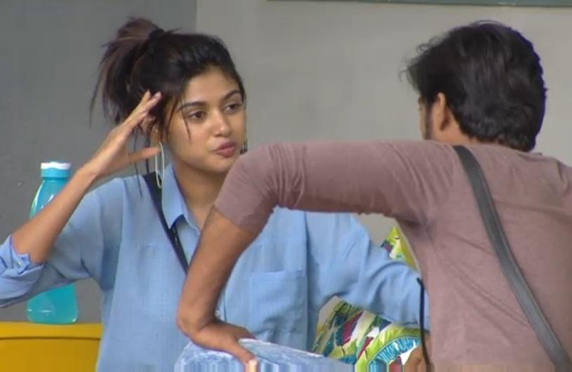 Actress Oviya Photo Stills From Vijaytv Bigboss House Exclusive 19