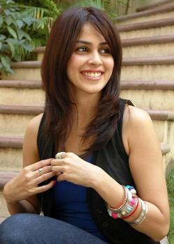 About Genelia D'Souza Actress Biography Detail Info