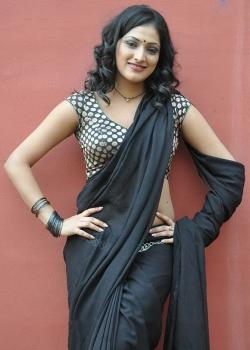 About Hari priya Actress Biography Detail Info