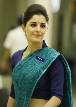 About Isha Talwar Actress Biography Detail Info