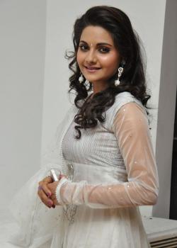 Kollywood Actress Manochitra Biography