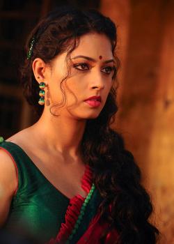 About Pooja Umashankar Actress Biography Detail Info