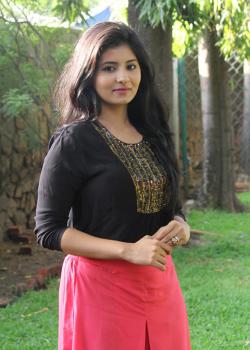 About Reshmi Menon Actress Biography Detail Info