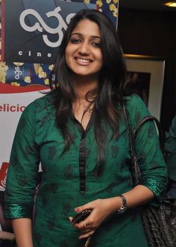 About Divya Vijaygopal Actress Biography Detail Info