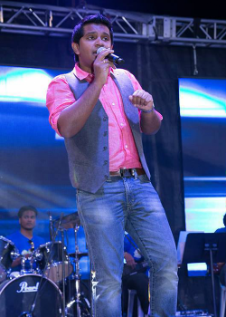 Kollywood Singers Nikhil Mathew Biography