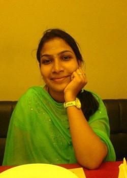 About Priya Himesh Actress Biography Detail Info