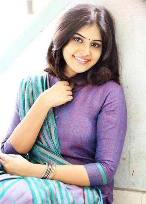 Manjima Mohan Tamil Actress Profile