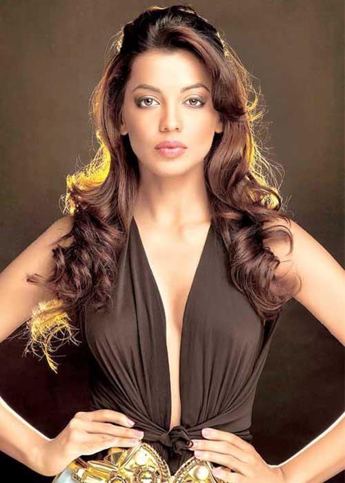 Mugdha Godse Tamil Actress Profile