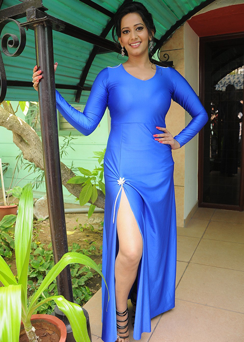 Sanjana Singh Tamil Actress Profile