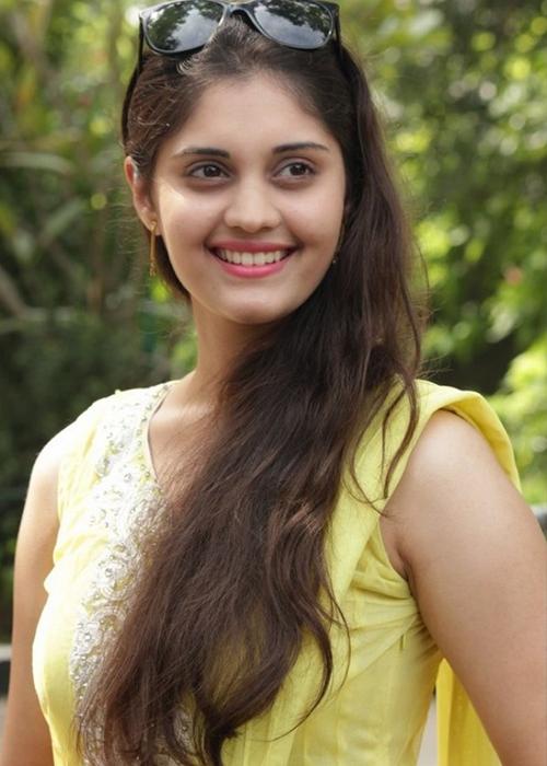 surabhi Tamil Actress Profile