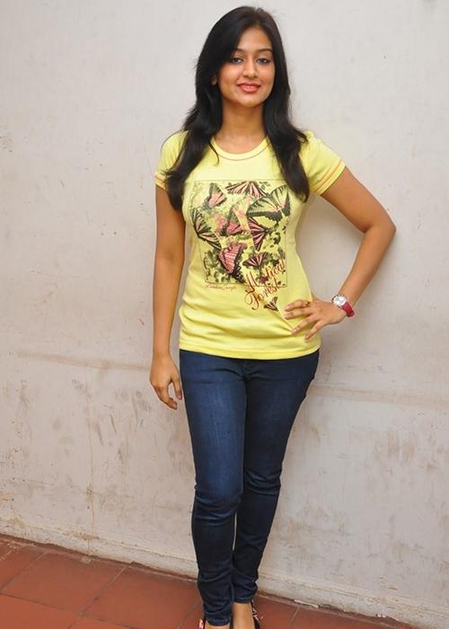 Varsha Ashwathi Tamil Actress Profile