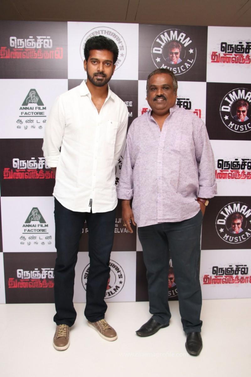 Nenjil Thunivirundhal Movie Audio Launch Photo Stills 15