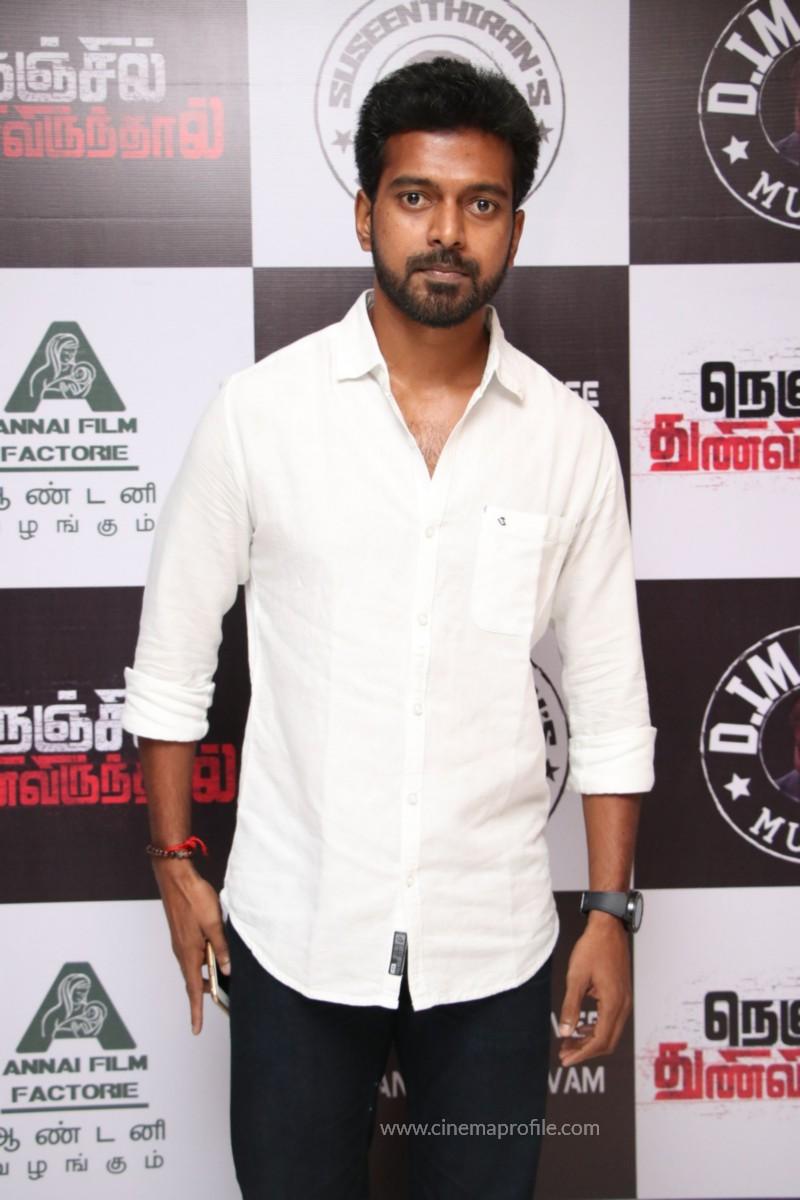 Nenjil Thunivirundhal Movie Audio Launch Photo Stills 10