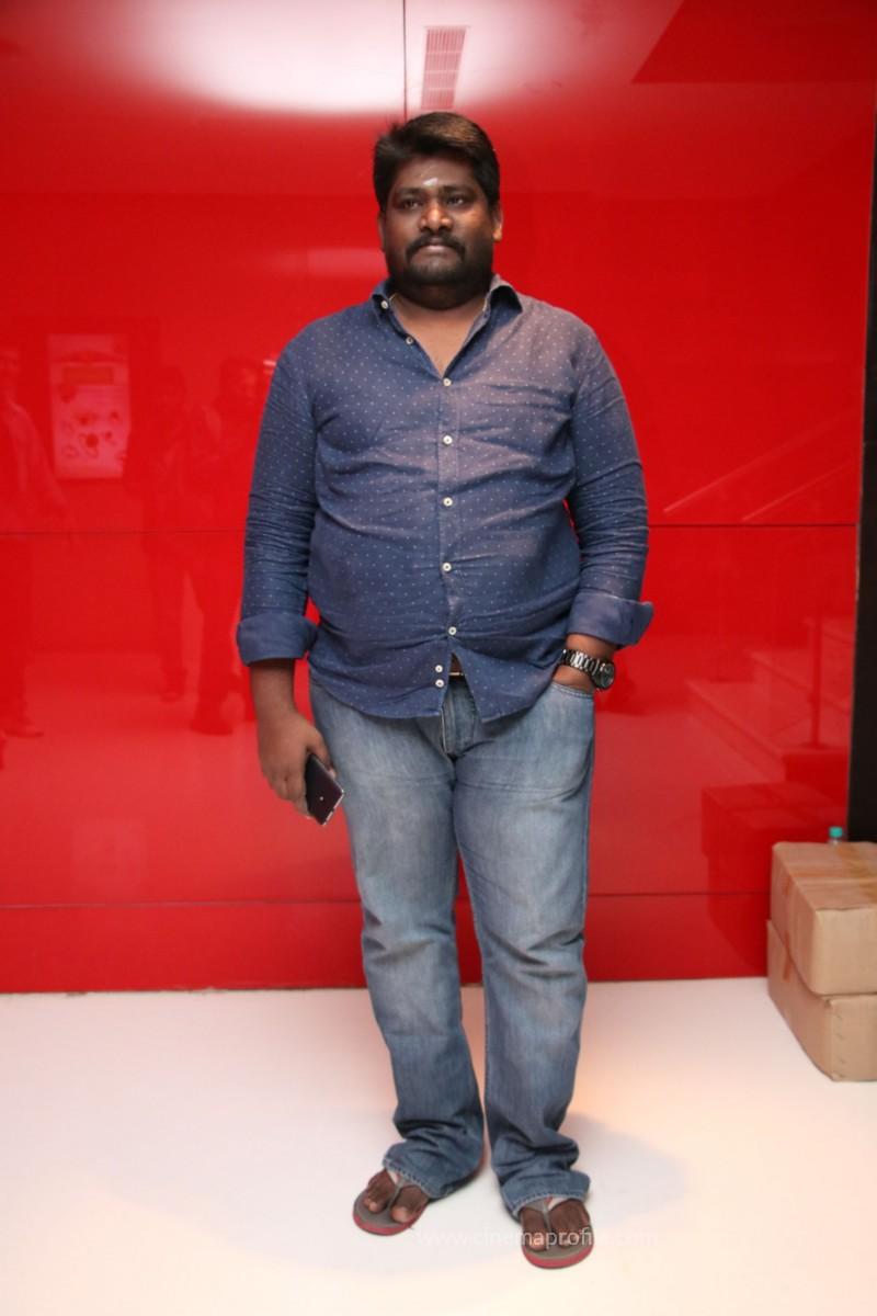Nenjil Thunivirundhal Movie Audio Launch Photo Stills 28