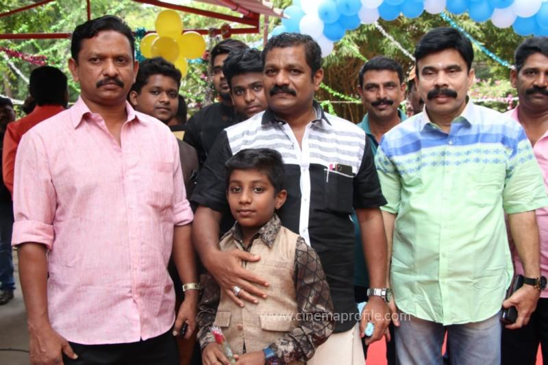 Avathara Vettai Movie Pooja Event Gallery, Stills 4