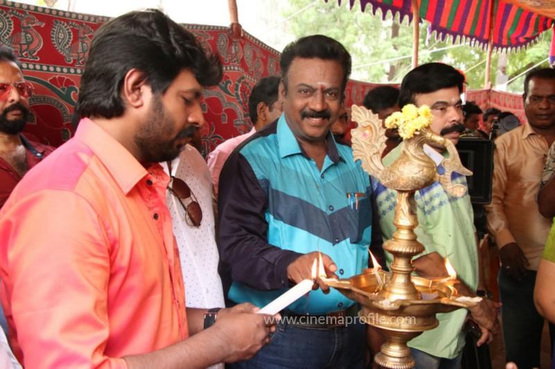 Avathara Vettai Movie Pooja Event Gallery, Stills 27
