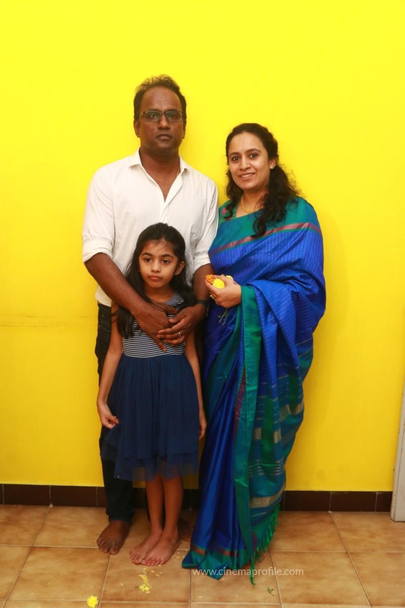 Thamizh Padam 2.O Movie Pooja Event Stills, Photos, Gallery 17