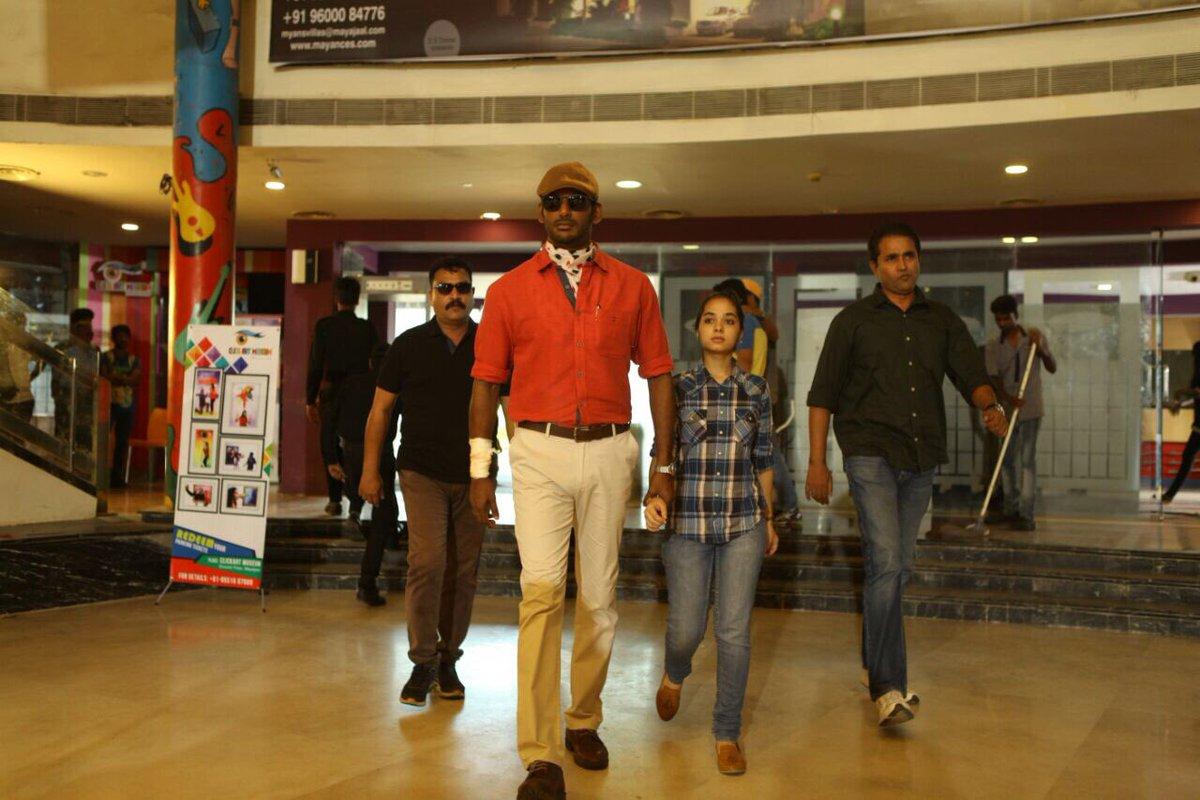 Thupparivaalan Movie Stills - Photos - Vishal 16