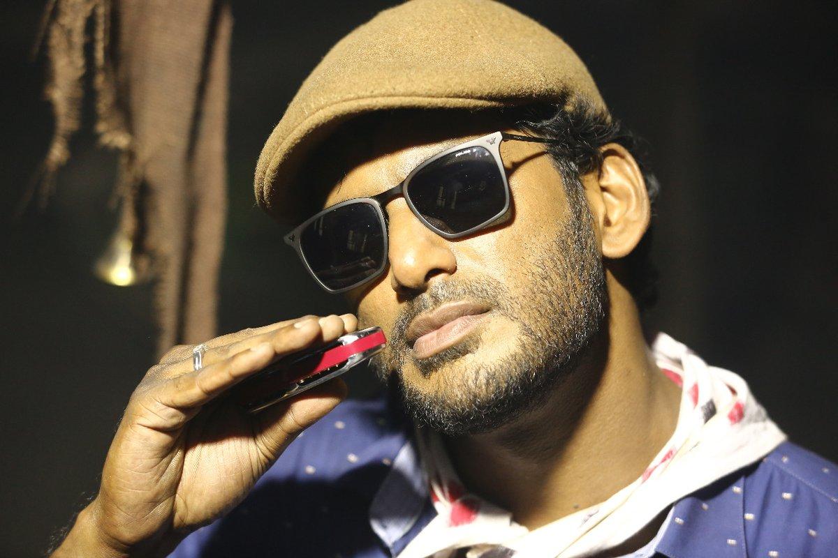 Thupparivaalan Movie Stills - Photos - Vishal 15