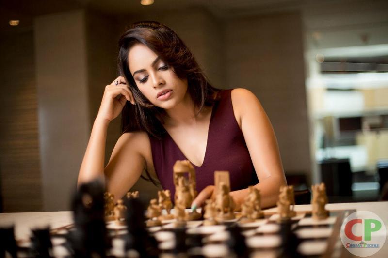 Actress nanditha busy in Tollywood movies - சப்தமில்லாமல் தெலுங்கில் பல படங்களில் - நடிகை நந்திதா