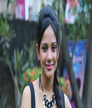 Aishwarya Dutta turns Dhruva's love interest | Maraindhirundhu Paarkum Marmamenna  Tamil Movie News | Cinema Profile