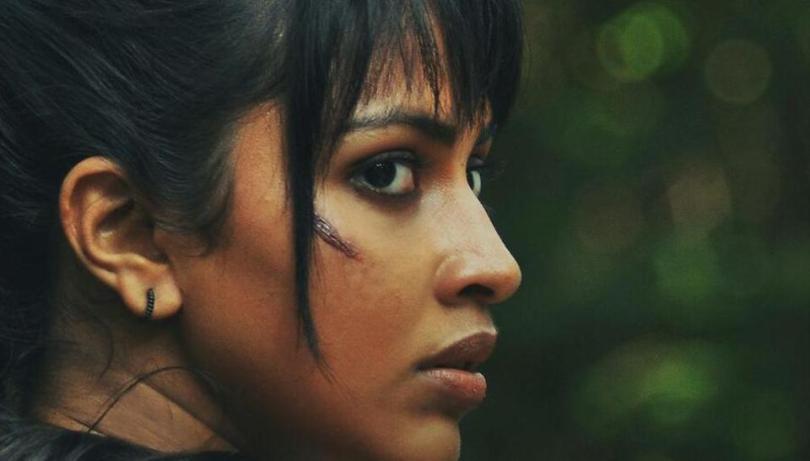 Amala Paul misses in a jungle    Tamil Movie News   Cinema Profile