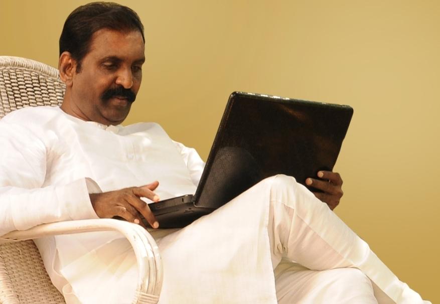 Starlets and stars seek more of Vairamuthu |  Tamil Movie News | Cinema Profile
