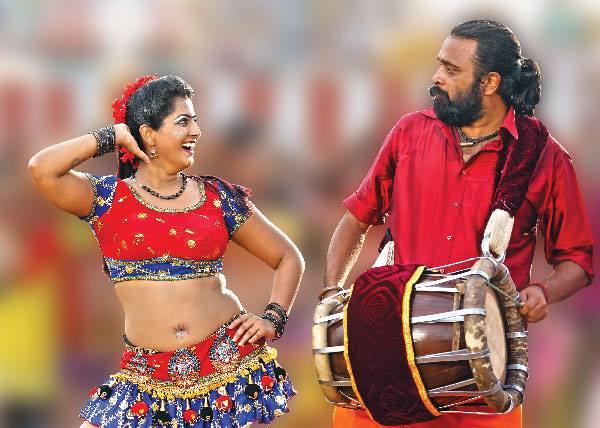 Varalaxmi Sarathkumar confident on Thara Thappattai